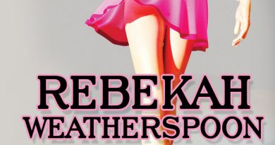 At Her Feet by Rebekah Weatherspoon: Book Review